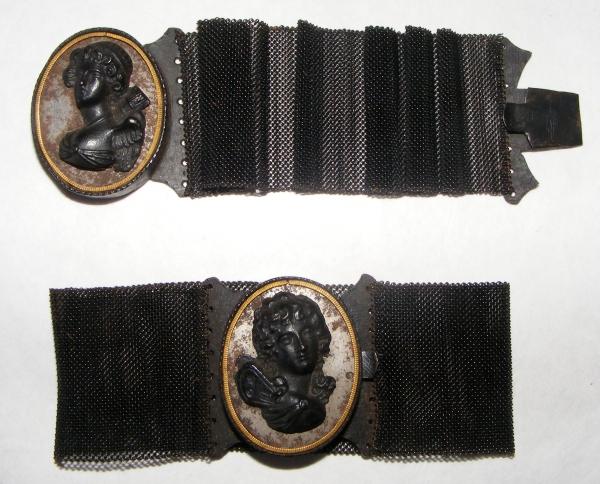 Eiserner Schmuck - Armbänder