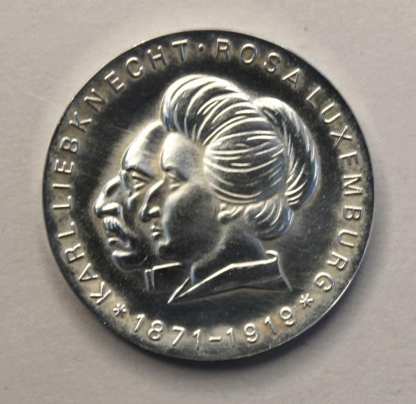 20-Mark-Stück zum 100. Geburtstag Rosa Luxemburgs und Karl Liebknechts