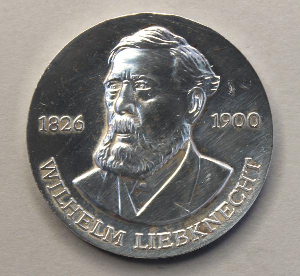 20-Mark-Stück zum 150. Geburtstag Wilhelm Liebknechts