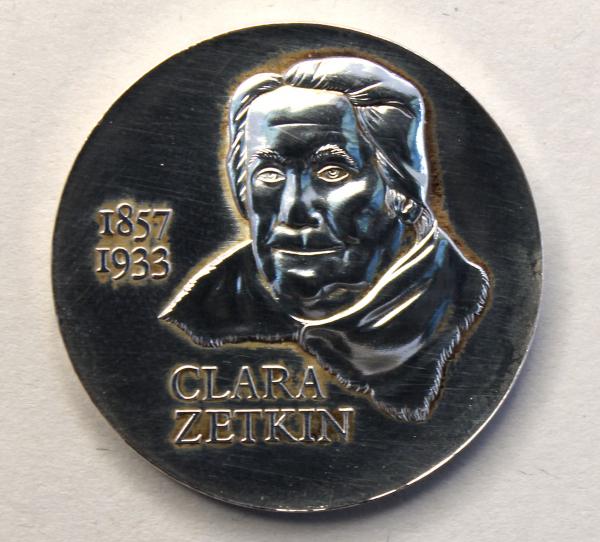 20-Mark-Stück zum 125. Geburtstag von Clara Zetkin