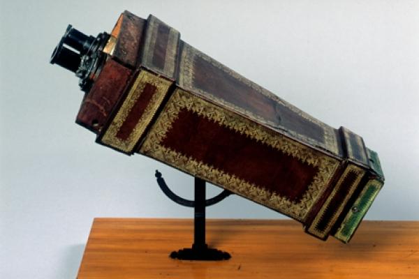 binokulares Mikroskop nach Cherubin d` Orlèans